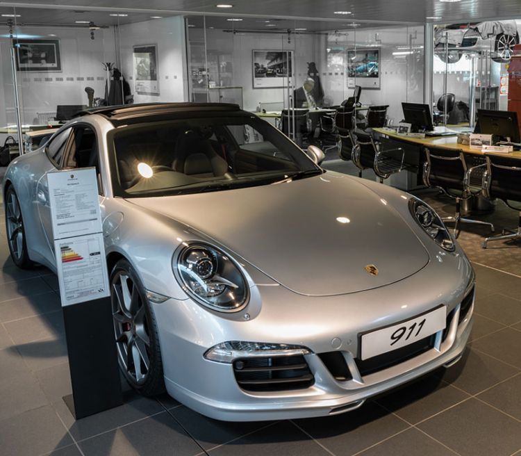 Porsche Tonbridge Showroom