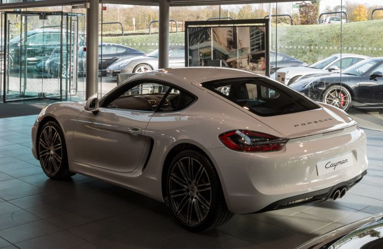 Porsche Tonbridge Dealership detail