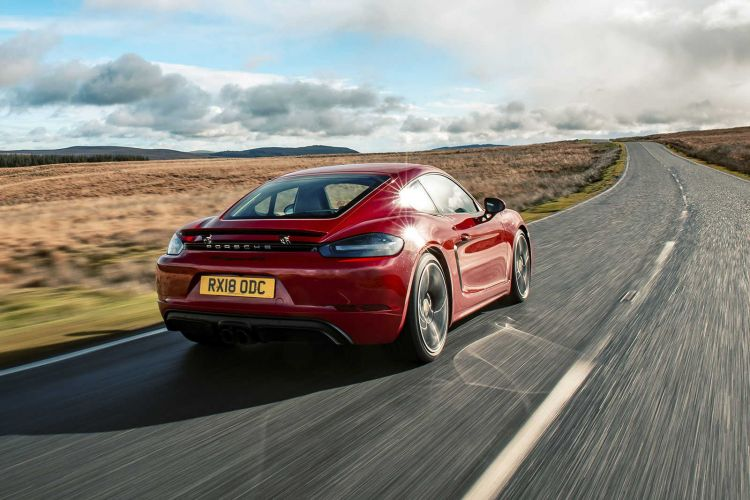 Porsche New Car Guarantee and Porsche Assistance cover